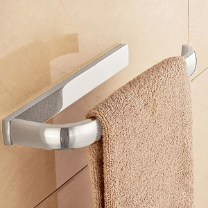 Lusce Towel Ring
