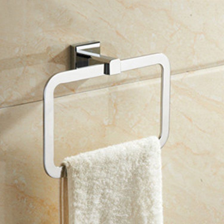 Mare Towel Ring